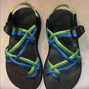 GREEN AND BLUE CHACO